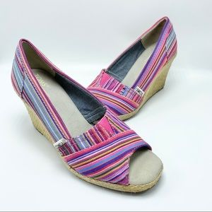 Toms open toe espadrille wedges striped size 7